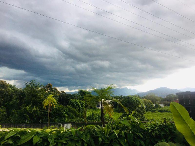 temporal chegando em JOinville