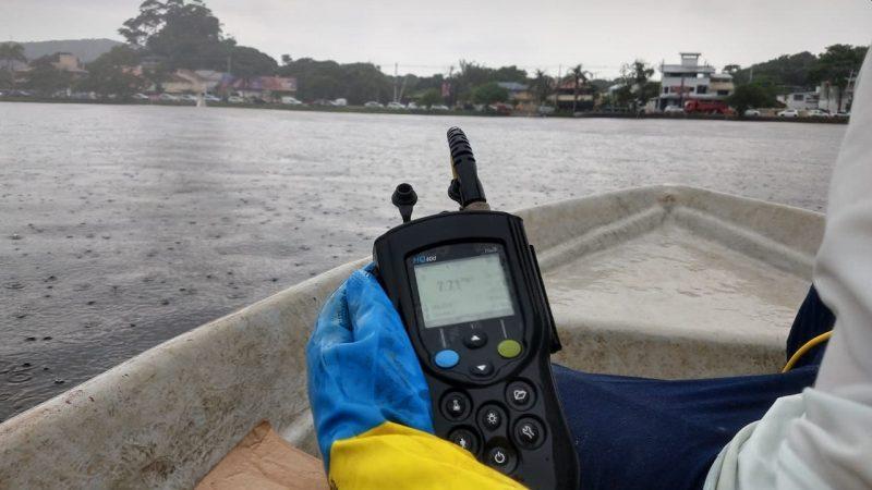 Resultado de um monitoramento da Casan. Foto Divulgação/Casan/ND