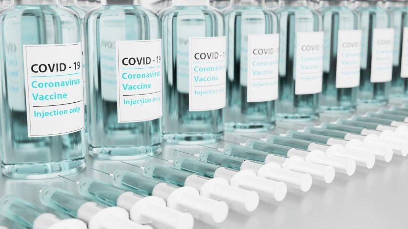 Vacina que começou este ano é aposta para que pacientes procurem mais os oncologistas – Foto: Divulgação