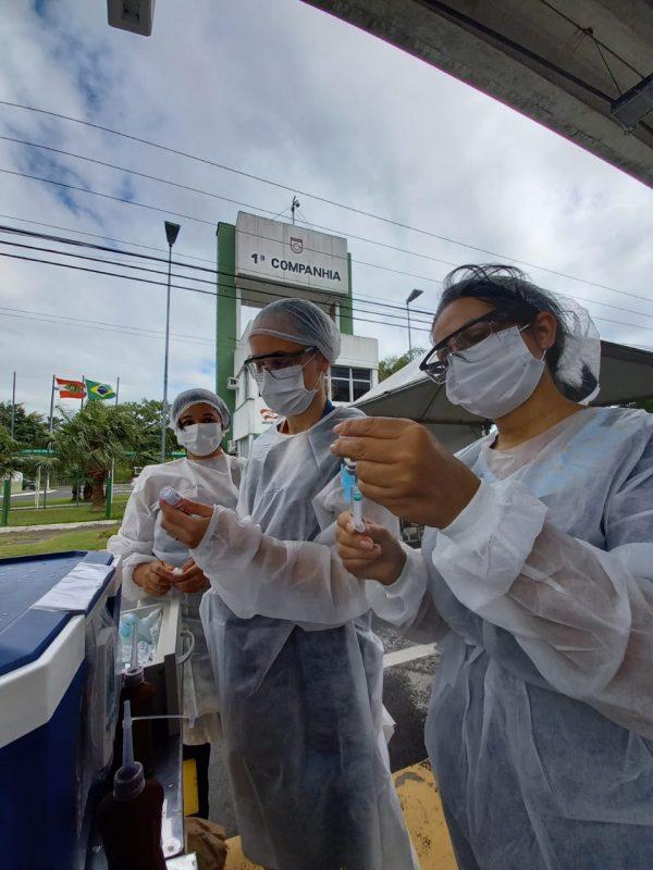 Vacinação contra Covid-19 inicia nesta sexta-feira (26) em dois pontos em Florianópolis – Foto: André Viero/NDTV