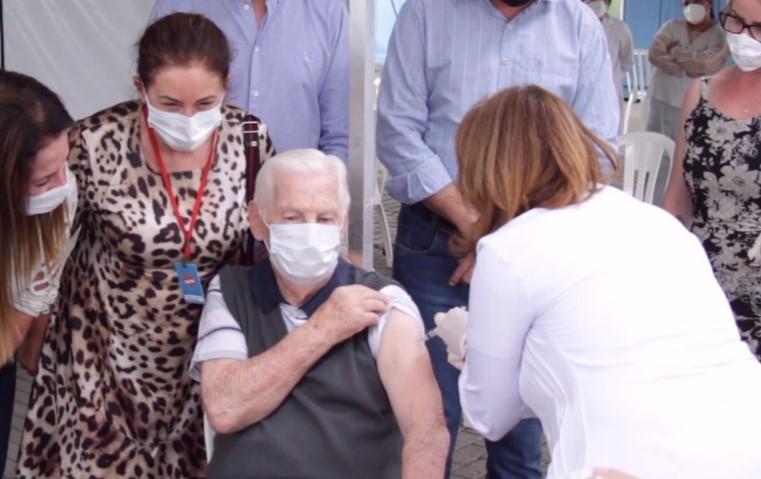 Rio do Sul, no Alto Vale do Itajaí, abre vacinação contra a Covid-19 para idosos a partir de 85 anos – Foto: Divulgação/Prefeitura de Rio do Sul