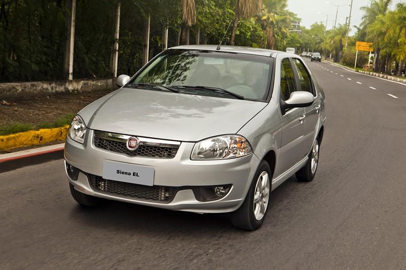 13- Fiat Siena: 17.777 unidades - Foto: Divulgação/Fiat/Garagem 360/ND