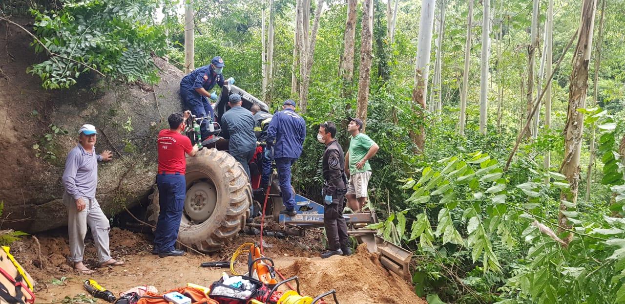 O resgate levou cinco horas e mobilizou diversas equipes em virtude da complexidade - Corpo de Bombeiros/Divulgação