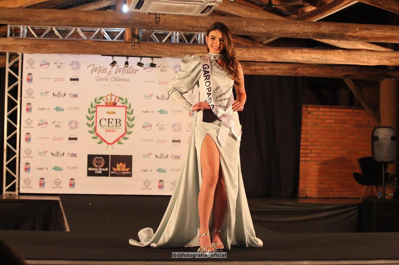A Miss Garopaba, Isabella Santana, ficou em terceiro lugar no concurso - DJ Fotografia