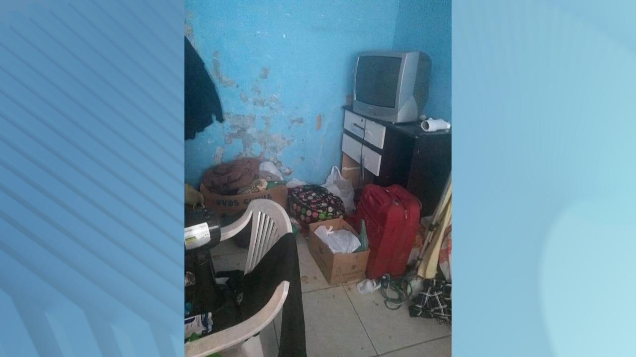 Casa em que a idosa morava com o filho estava em situação precária de higiene - GMI/Divulgação
