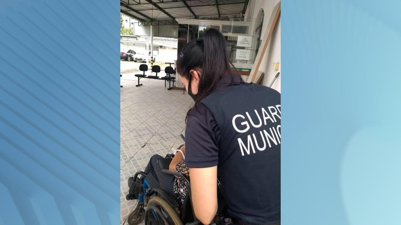 Guarda Municipal foi chamada pela própria idosa, que estava com medo das ameaças do filho - GMI/Divulgação