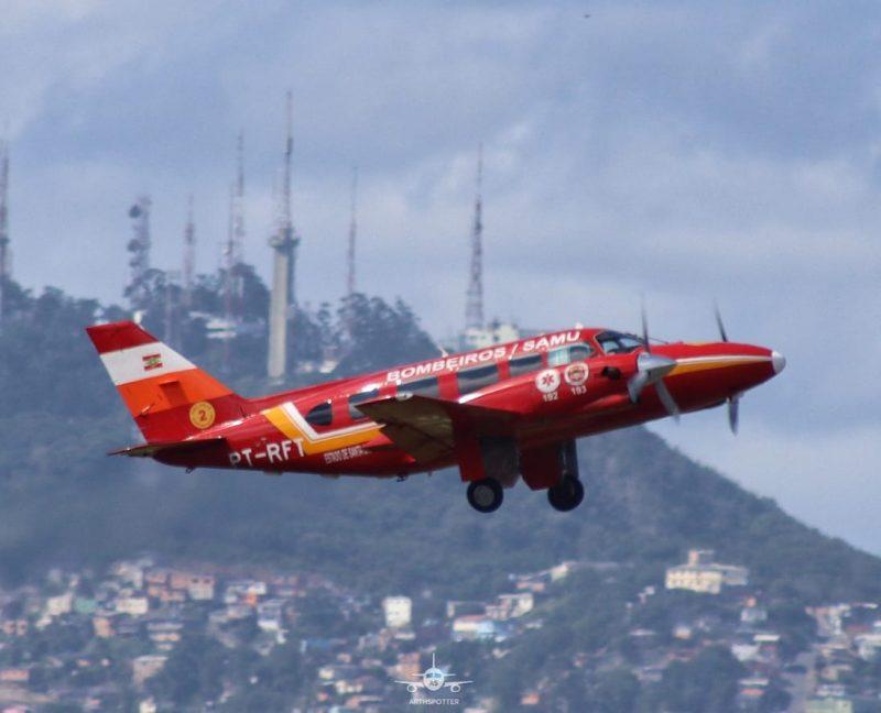 Avião deve sair da Capital em direção a Chapecó às 7h30 – Foto: Arthspotter/Corpo de Bombeiros Militar/Divulgação