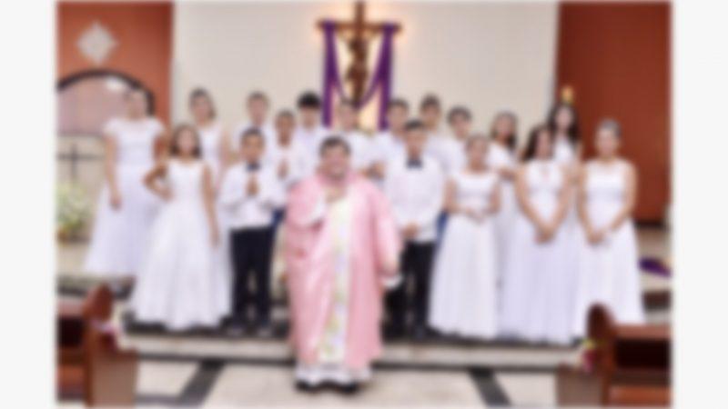 Crianças que participaram do Sacramento da Eucaristia na Capela São Cristóvão, no sábado, dia 13, em Barra Velha- Foto: Thaty Ramos/Divulgação ND