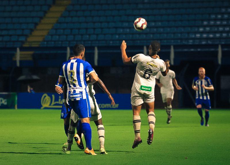 O Avaí venceu o Figueirense no estádio da Ressacada na noite desta quarta-feira (3) – Foto: Patrick Floriani/FFC