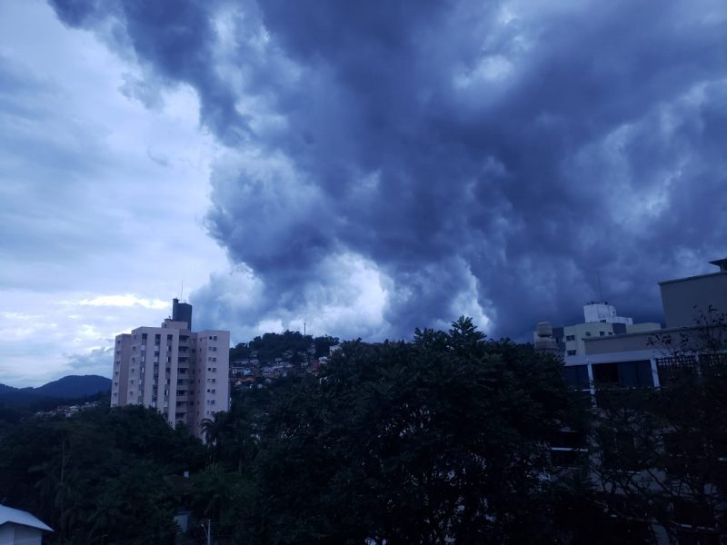 Santa Catarina tem previsão de mais temporais na manhã desta quarta-feira (15) – Foto: Giulia Venutti/NDTV