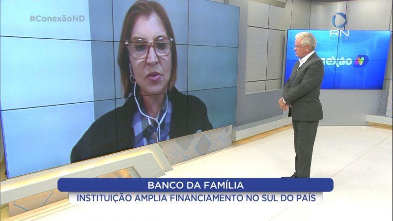 Paulo Alceu durante entrevista com presidente do Banco da Família no Conexão ND