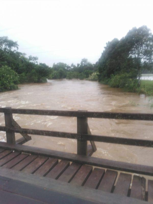 Ponte Quiriri de Baixo chegou a ser interditada no fim de semana – Foto: Redes Sociais/Divulgação
