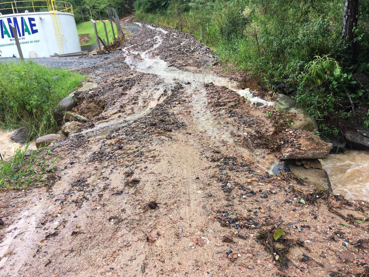 Samae busca reverter os estragos causados pelas chuvas no abastecimento de água da cidade - Secom Brusque/Divulgação