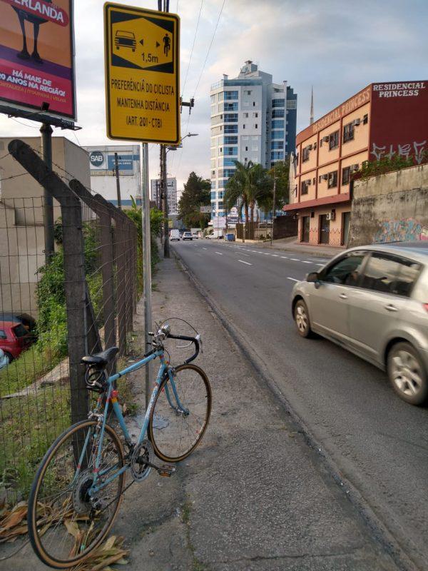 Gasolina e ônibus caros: andar de bicicleta é opção em Blumenau? – Foto: Giovani Seibel/Arquivo pessoal
