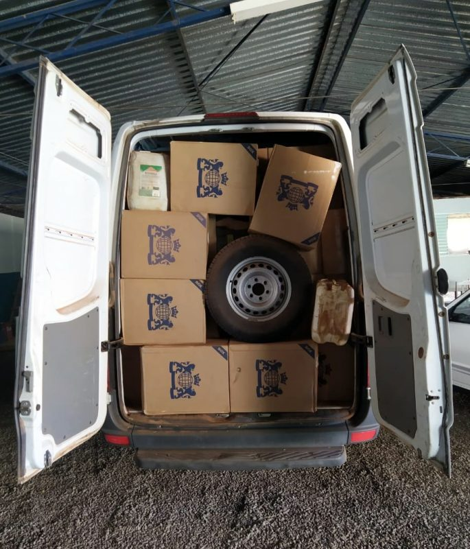 Cigarros estavam guardados em uma van com placas de Piracicaba (SP) – Foto: PRF/ND