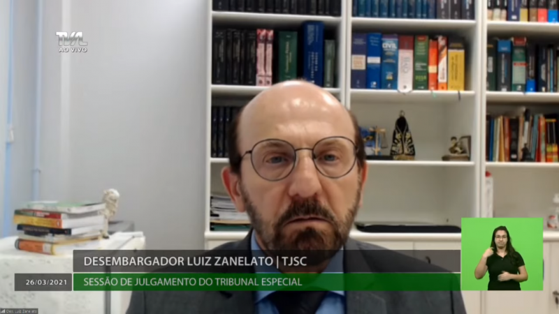 Desembargador Luiz Zanelato aumentou vantagem do placar do impeachment pelo afastamento do governador- Foto: TV Alesc/Reprodução