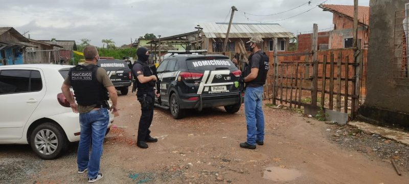 Equipes da Delegacia de Homicídios realizaram operação em três bairros de Joinville – Foto: Polícia Civil/Divulgação
