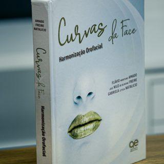 Primeiro livro sobre Harmonização Facial do Brasil, com participação do Dr. Nilo Freire – Foto: Divulgação