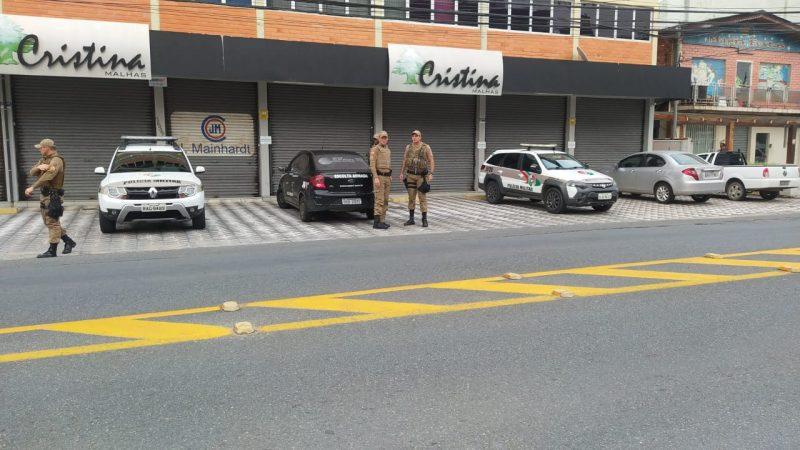 Polícia Militar foi chamada para atender a ocorrência na manhã deste domingo (21) – Foto: Reprodução