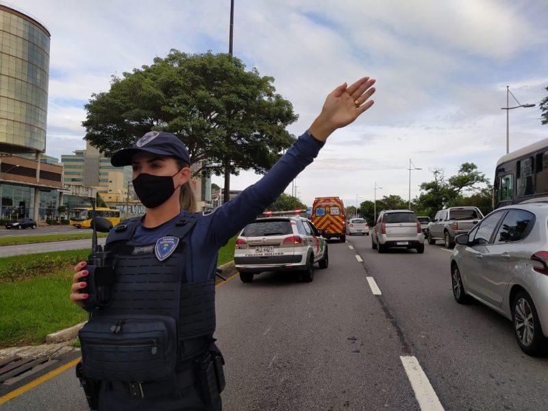 Guarda Municipal atende acidente na Beira-Mar Norte no início da manhã – Foto: GMF/Divulgação/ND