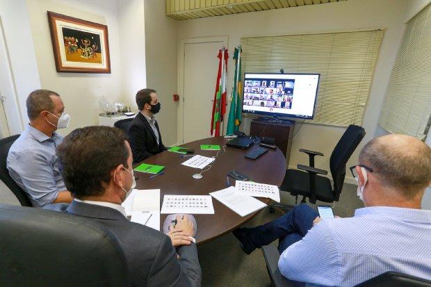 Reunião integrantes do Governo – Foto: Júlio Cavalheiro/Secom