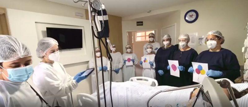 Profissionais cantaram parabéns para a paciente que completou 41 anos internada – Foto: Divulgação