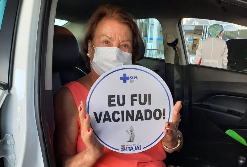 Mais de 1,6 mil idosos foram vacinados em Itajaí neste final de semana – Foto: Prefeitura de Itajaí/Secom/Divulgação