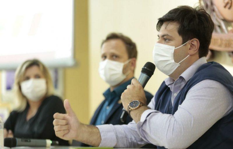 Reestruturação da rede pública de saúde foi anunciada em coletiva – Foto: Rogério da Silva/Prefeitura