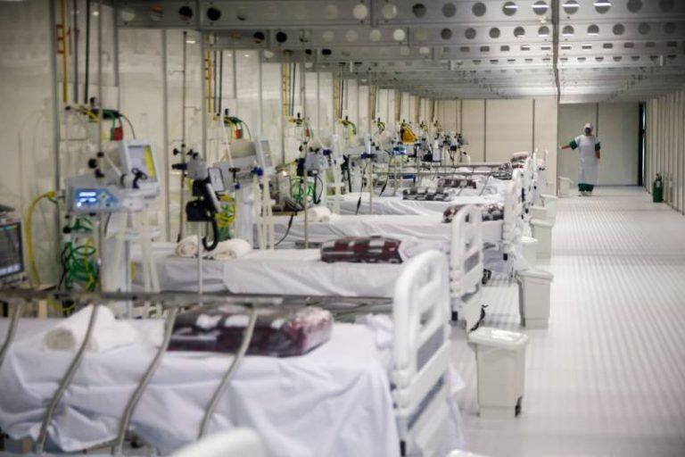 Fila de espera por leitos de UTI ultrapassa 300 pacientes em SC