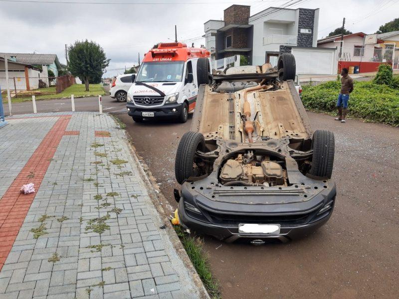 O acidente ocorreu na manhã deste sábado (6) no bairro Cristo Rei – Foto: SAMU/Divulgação/ND