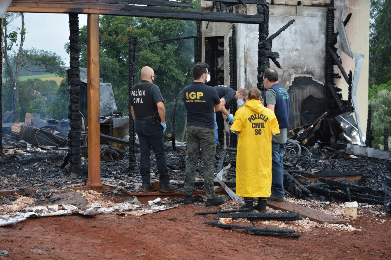 Jovem estava sozinha em casa no momento que o incêndio ocorreu. - Marcos de Lima Portal Peperi