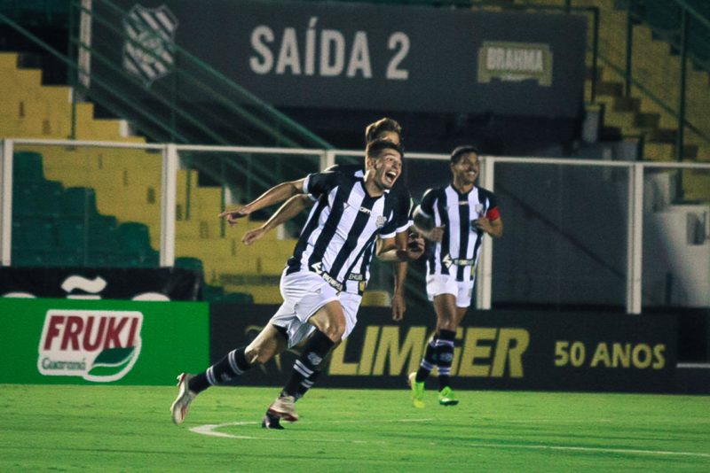 Lincon Jr, da Palhoça para o mundo: gol que só Pelé não fez – Foto: Patrick Floriani/FFC/divulgação