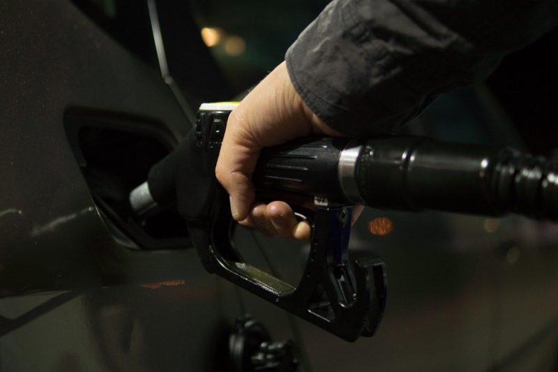 Preço da gasolina em alta: Petrobras anuncia novo aumento para o combustível -