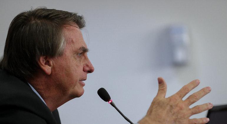 Bolsonaro destacou a distribuição de vacinas para todo o país – Foto: Marcos Corrêa/PR/Divulgação/ND