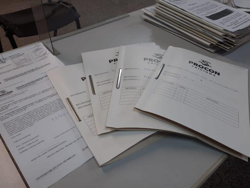 São mais de 550 processos abertos apenas no Procon de Criciúma – Foto: processos procon