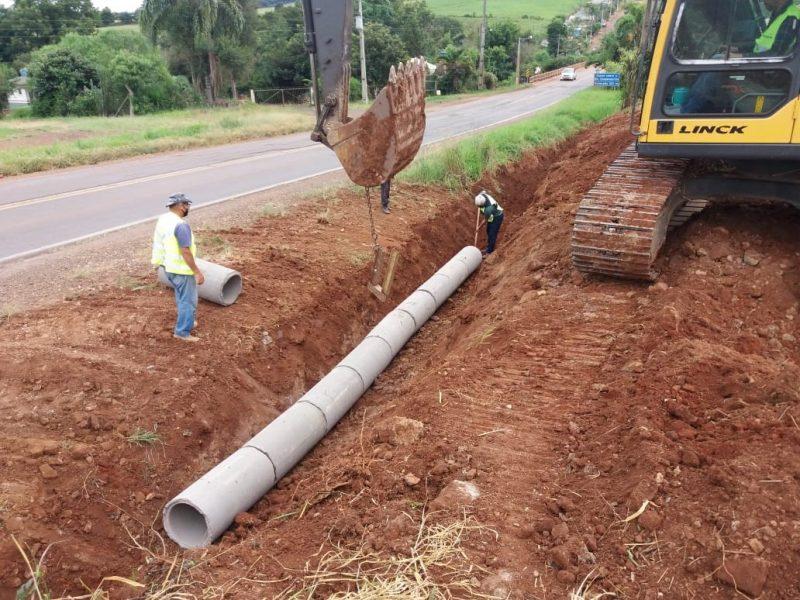 Terraplanagem e sistema de drenagem são iniciados em Xanxerê, na divisa com o município de Bom Jesus – Foto: Casan/Divulgação