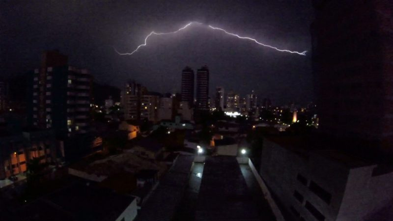 Tempestade em Itajaí, Litoral Norte de Santa Catarina – Foto: Paulo Sérgio/NDTV