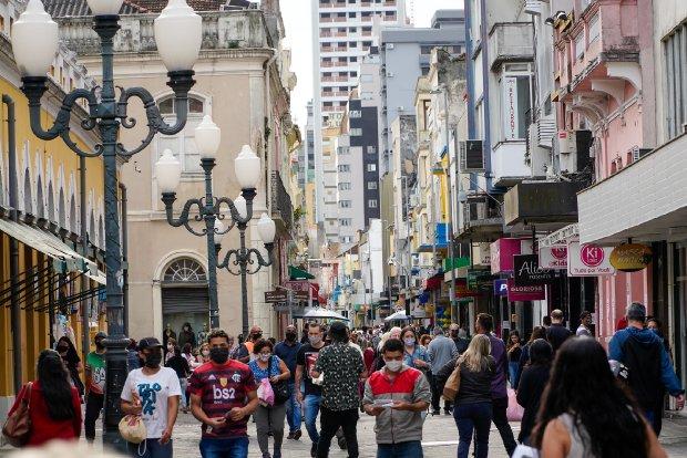 Gean Loureiro afirma que adultos serão vacinados da Covid-19 até o fim do ano, em Florianópolis