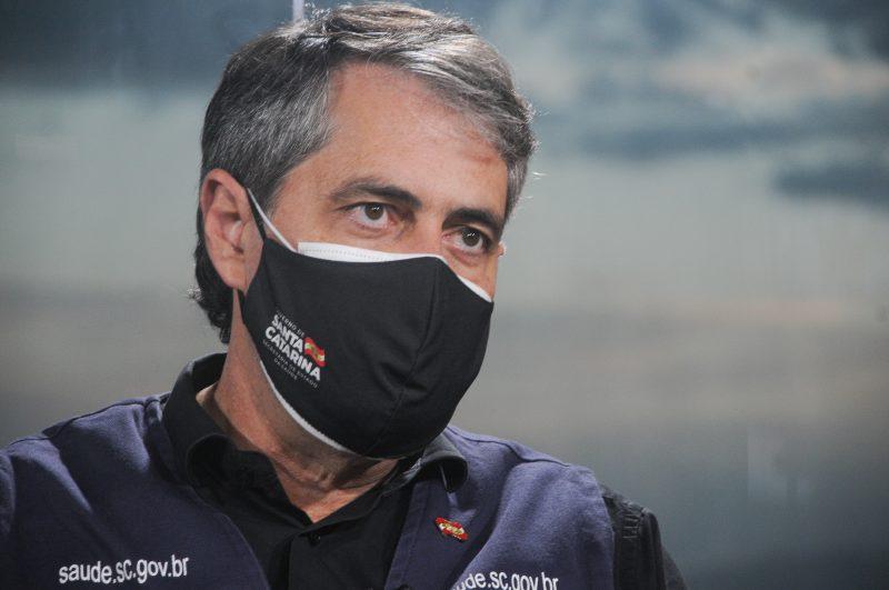 Secretário da Saúde tratou de frear a euforia da notícia sobre a tríplice viral – Foto: Leo Munhoz/ND