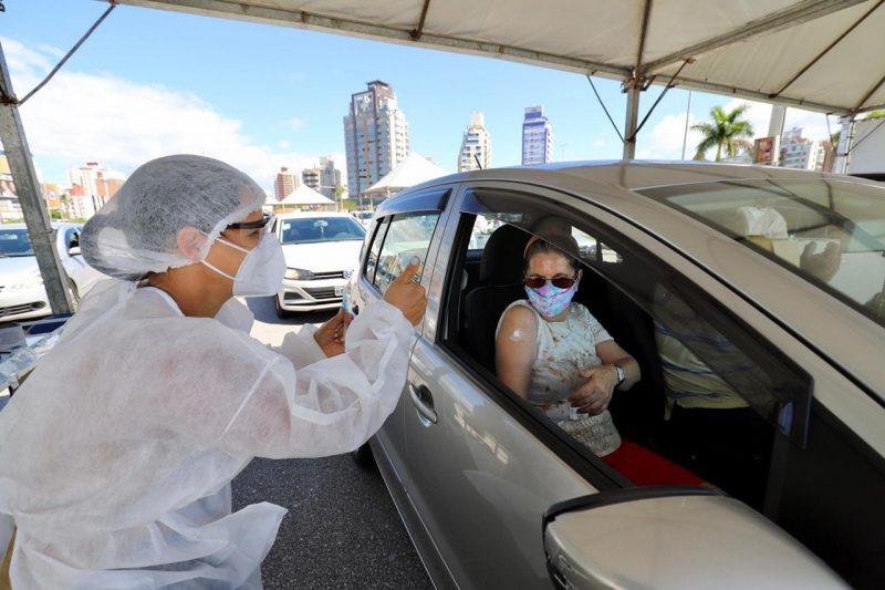 brasil; população; vacinada; vacina; milhões