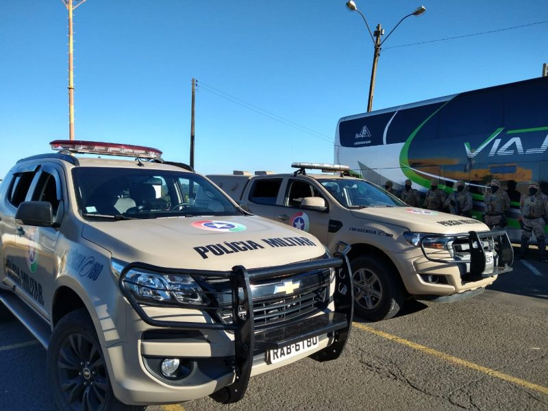 Um forte esquema de segurança foi estruturado para escoltar o presidente, até o Centro de Eventos de Chapecó. – Foto: Julia de Araujo/ND