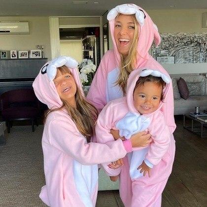 """""""Três coelhinhas passando na sua timeline para desejar uma Feliz Páscoa com muito amor, saúde e alegrias"""", escreveu ela em seu Instagram. – Foto: Foto: Redes Sociais"""
