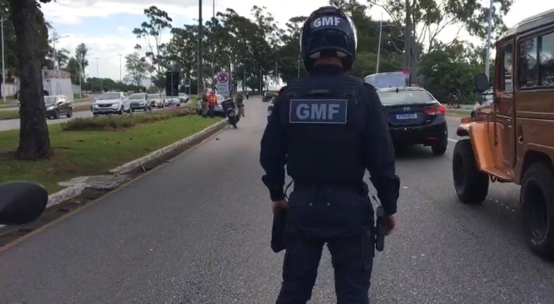 O acidente aconteceu perto da Casa do Governador, na Avenida Beira-Mar Norte – Foto: GMF/Reprodução