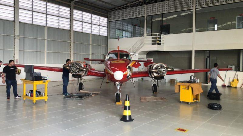 Avião Arcanjo-02 passa por manutenção e ficará fora de serviço até início de maio – Foto: CBMSC/Divulgação/ND