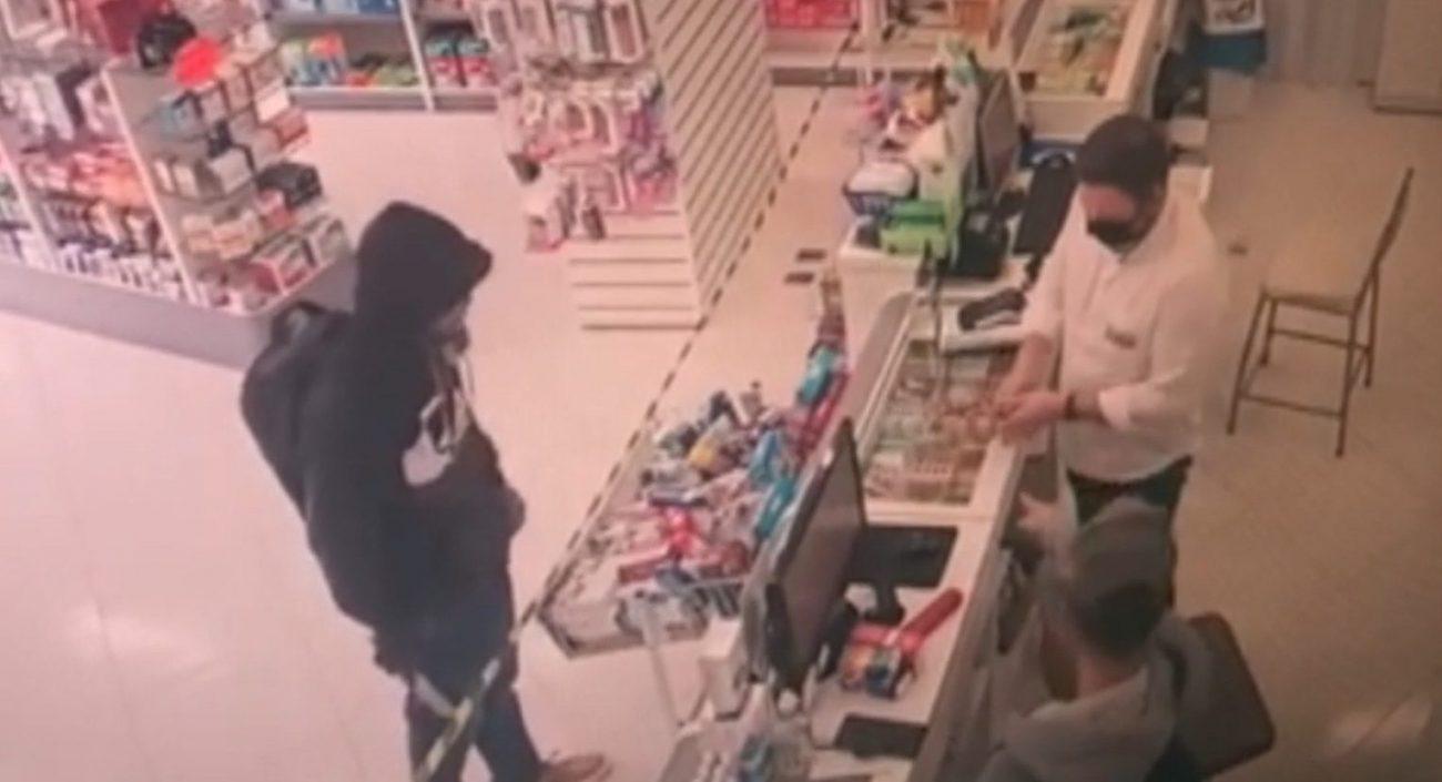 Proprietário de farmácia consegue capturar assaltantes em SC - Reprodução/Divulgação