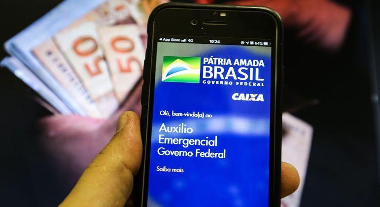 Quem receber a 1ª parcela e tiver pagamento cancelado na reavaliação mensal também poderá recorrer – Foto: Marcello Casal Jr/Agência Brasil/Divulgação/ND