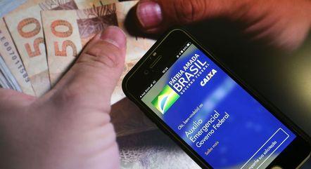 Novas parcelas do auxílio emergencial têm valor médio de R$ 250 – Foto: MARCELLO CASAL JR/AGÊNCIA BRASIL