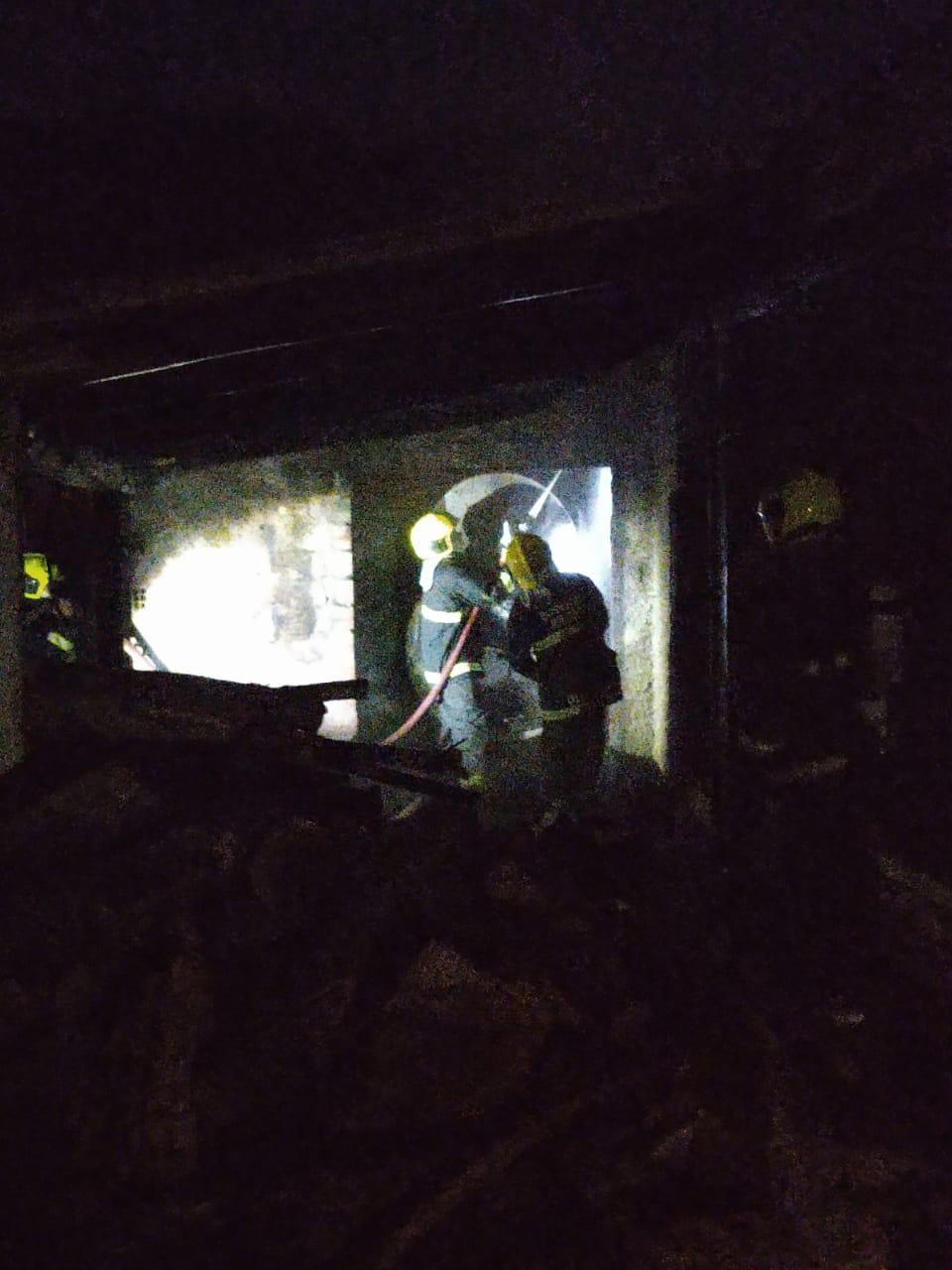 Bombeiros controlaram as chamas 30 minutos depois de iniciar o combate - Corpo de Bombeiros/Divulgação