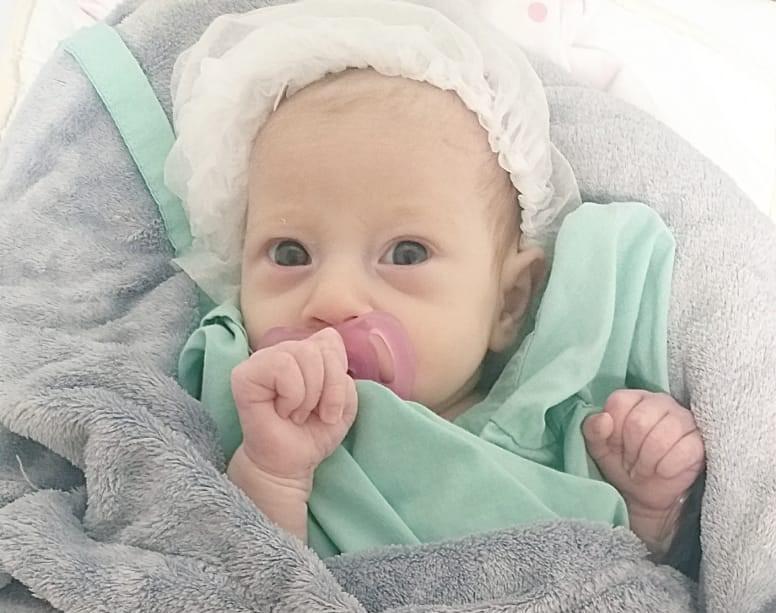 Bebê vomita fezes e fica 14 dias aguardando diagnóstico, em Itajaí – Foto: Arquivo pessoal/ND
