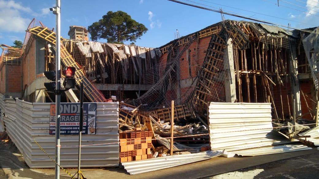 Acidente ocorreu na tarde desta sexta-feira (9). - Bombeiros Voluntários Caçador/Divulgação/ND